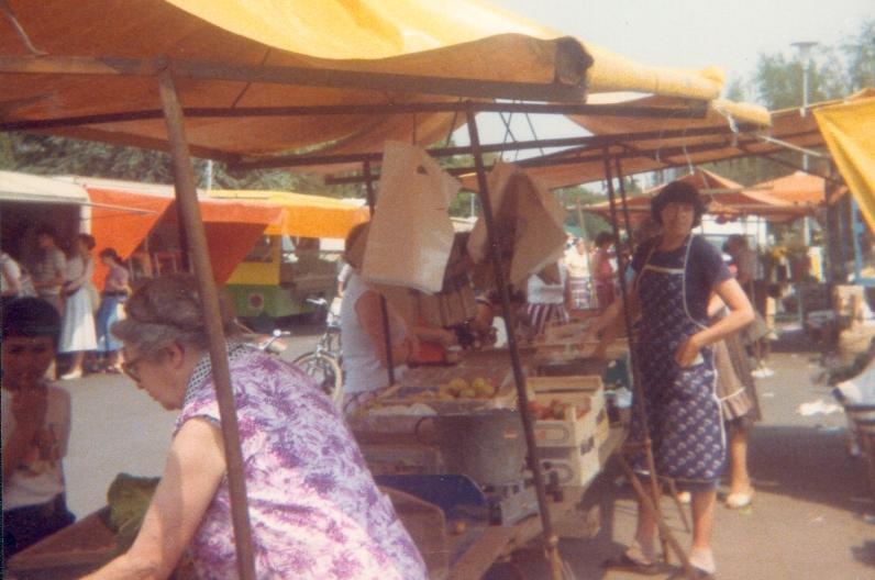 Wochenmarkt feiert 50. Geburtstag - LokalKlick.eu