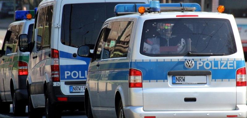 Angriffe-und-Gefangenenbefreiung-Tumult-mit-100-Personen-auf-dem-Altenessener-Markt