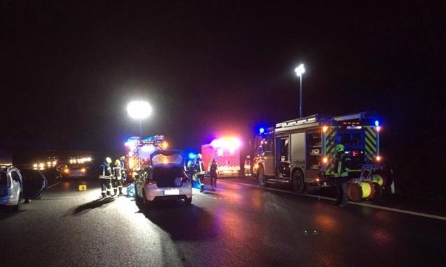A2-Unfall-mit-Schwer-und-Leichtverletzten