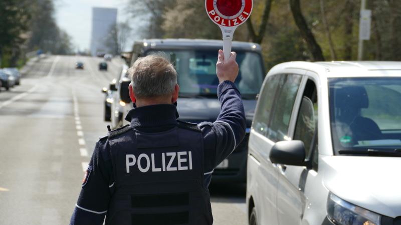 Fahndungs-und-Kontrolltag-ber-150-Fahrzeuge-angehalten